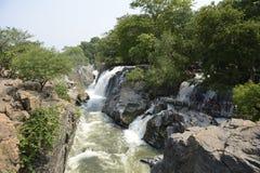 Hogenakkal tombe dans Karnataka, Inde Image libre de droits