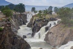 Hogenakkal-Wasserfälle u. Flussansicht Stockbild