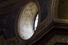 2015 Hoger venster van de st Peters kerk in Wenen Royalty-vrije Stock Foto