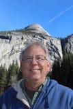 Hogere Mens bij het Nationale Park Californië van Yosemite Royalty-vrije Stock Foto's