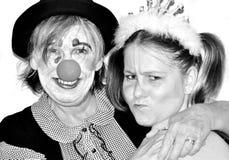 Hogere moeder met dochter in kostuumkostuums Royalty-vrije Stock Foto
