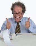 Hogere rijpe mens die aan Financieel Rapport werkt Royalty-vrije Stock Foto