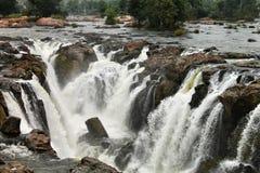 Hoggenakal nedgångar - Tamilnadu royaltyfri bild