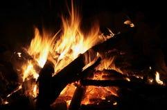 Hoguera de la llama en la noche Foto de archivo