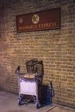 Hogwarts uttrycklig försvinnaspårvagn Royaltyfria Foton