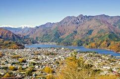 Hohe Ansicht über Spitzen-Kawaguchiko stockbilder