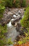 Hohe Ansicht von Wasserfällen Stockfotos