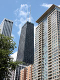 Hohe Anstiege in im Stadtzentrum gelegenem Chicago lizenzfreies stockbild