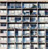 Hohe Aufstiegsgebäudewohnnahaufnahme Stockbilder