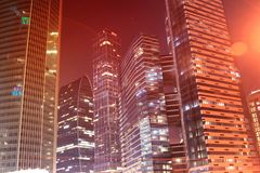 Hohe Bürogebäude Lizenzfreie Stockfotos