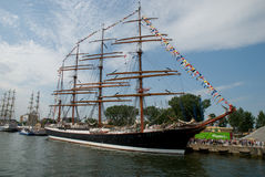 Hohe Lieferung läuft - Gdynia - Polen 04.07.2009 Lizenzfreie Stockfotos