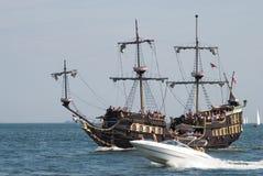 Hohe Lieferung läuft - Gdynia - Polen 04.07.2009 Stockbild