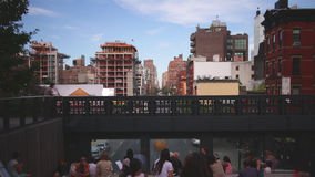 Hohe Linie Zeitspanne New York des Parkmittagessenplatzes 4k von USA stock video footage
