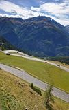 Hohe Tauern med Grossglockneren Alpenstrasse Arkivfoton
