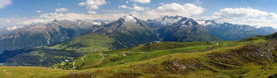 Hohe Tauern och Zillertaler Alpen Arkivbild