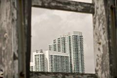 Hohe weiße Gebäude Stockfoto