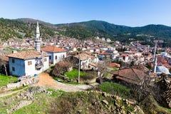 Hohe Winkelsicht der traditionellen Stadt Tarakli, die ein historischer Bezirk in der Sakarya-Provinz ist Stockbild