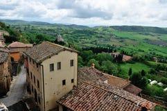 Hohe Winkelsicht von Toskana-Hügeln Lizenzfreie Stockfotos