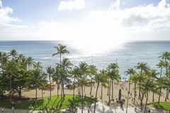 Hohe Winkelsicht von waikiki Strand, O-'ahu, Hawaii lizenzfreie stockbilder
