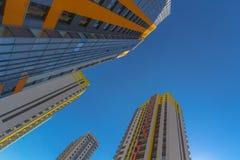 Hohe Wohnhäuser Stockfotos
