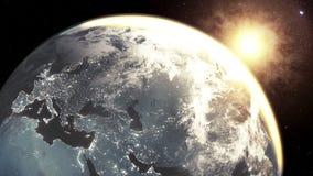 In hohem Grade ausführlich 3d übertragen unter Verwendung der Satellitenbilder NASAs Planetenerde-Europa-Zone mit Nachtzeit und S stock video footage