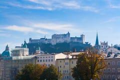 Hohensalzburg-Schloss über Salzburg, Österreich Lizenzfreies Stockfoto