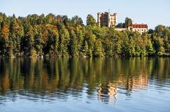 Hohenschwangau Castleöver Alpsee Royaltyfri Fotografi
