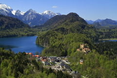Hohenschwangau und Alpsee See Stockbild
