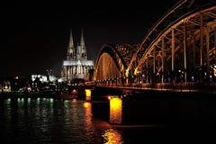 Hohenzollern桥梁和大教堂 库存图片