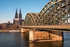 hohenzollern bridżowy katedralny cologne Obraz Royalty Free
