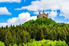 Hohenzollern Castle, το προγονικό κάθισμα του αυτοκρατορικού σπιτιού Hohenzollern στο υποστήριγμα Hohenzollern, στην άκρη Swabian στοκ εικόνες με δικαίωμα ελεύθερης χρήσης
