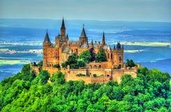 Hohenzollern-Schloss in den schwäbischen Alpen - Baden-Wurttemberg, Deutschland lizenzfreies stockbild