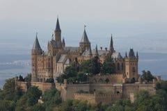 Hohenzollern slott nära Hechingen i Tyskland arkivbilder