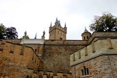 Hohenzollern Tyskland Juli 21st 2016 - Hohenzollern slott på en solig dag i Tyskland Royaltyfria Bilder