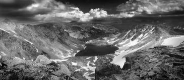 Hoher alpiner Sturm stockfotografie