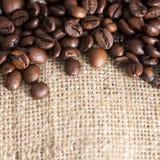 Hoher Auflösung-Kaffee-Hintergrund mit Exemplar-Platz Stockbild