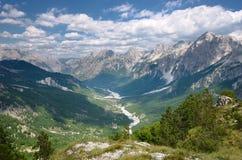 Hohes Ansicht Valbona-Tal, Albanien Lizenzfreie Stockfotos