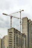 Hohes Anstieggebäude, das steigt Stockbilder