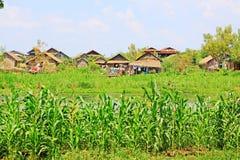 Hohes Haus-Dorf Nyaungshwe, Myanmar Stockfotografie