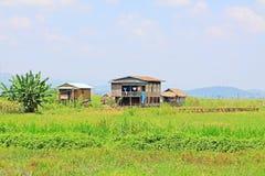 Hohes Haus-Dorf Nyaungshwe, Myanmar Stockbilder