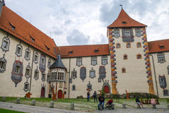 Hohes schloss, middeleeuws kasteel in het midden van de oude stad van Fussen, royalty-vrije stock afbeeldingen