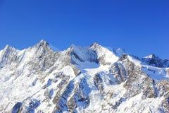 Hohsaas berg, 3.142 M Fjällängarna, Schweiz Royaltyfri Fotografi