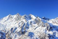 Hohsaas berg, 3.142 M Fjällängarna, Schweiz Royaltyfria Bilder