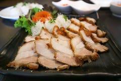 Hoi di Banh o carne di maiale arrostita con la tagliatella e la verdura immagine stock libera da diritti