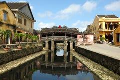 Hoi um local japonês da herança da ponte por Unesco, Vietnam Imagens de Stock Royalty Free