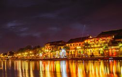 HOI, VIETNAM - 17. MÄRZ 2017: traditionelles gelbes Gebäude in Hoi An-Stadt Hoi An ist Welterbestätte und populärer Tourist Stockfoto