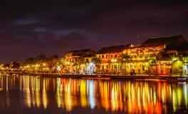 HOI, VIETNAM - MAART 17, 2017: de traditionele gele bouw in Hoi An-stad Hoi An is de plaats van de werelderfenis en populaire toe Royalty-vrije Stock Foto's