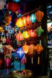 HOI, VIETNAM - MAART 17, 2017: De traditionele lantaarnsopslag in Hoi An, Vietnam, Hoi wordt een Oude Stad erkend Stock Fotografie