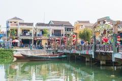 """Hoi An - Vietnam Mars 16:: Thu Bá"""" """"n-floden på Hoi An ancien Arkivbilder"""