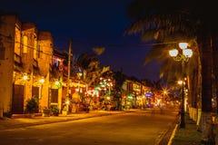 HOI, VIETNAME - 17 DE MARÇO DE 2017: construção amarela tradicional na cidade de Hoi An Hoi An é local do patrimônio mundial e tu Imagem de Stock Royalty Free